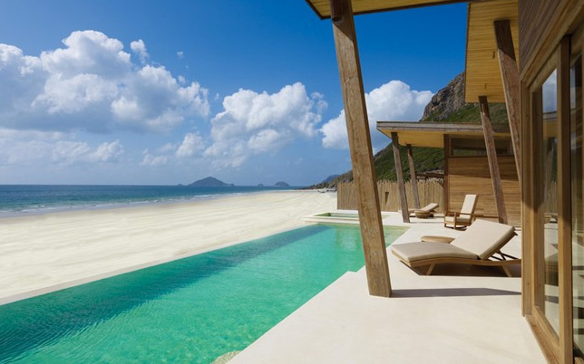 ultimate-luxury-beach-villa
