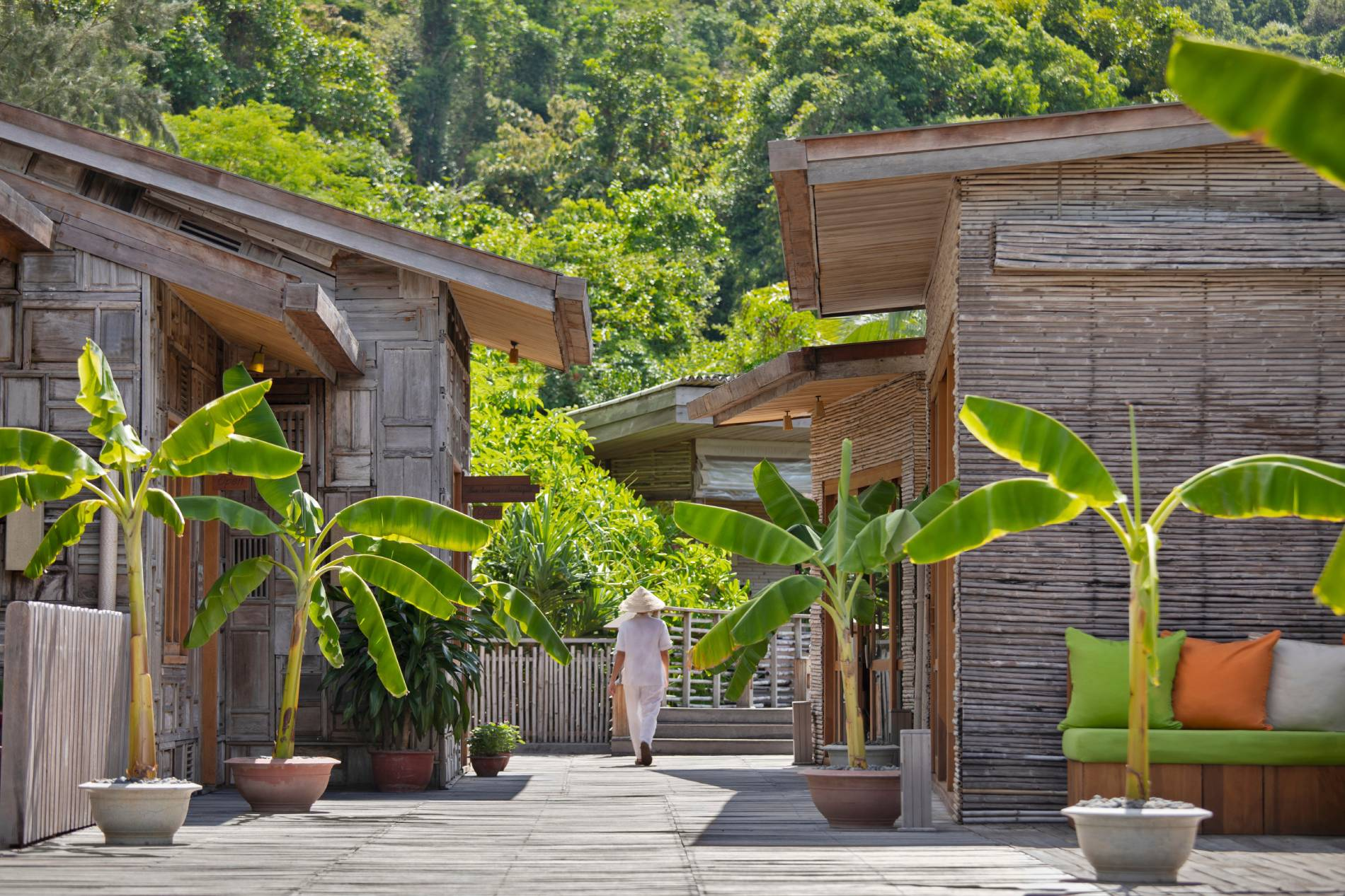 vietnam-special-offer-sixsensescondao